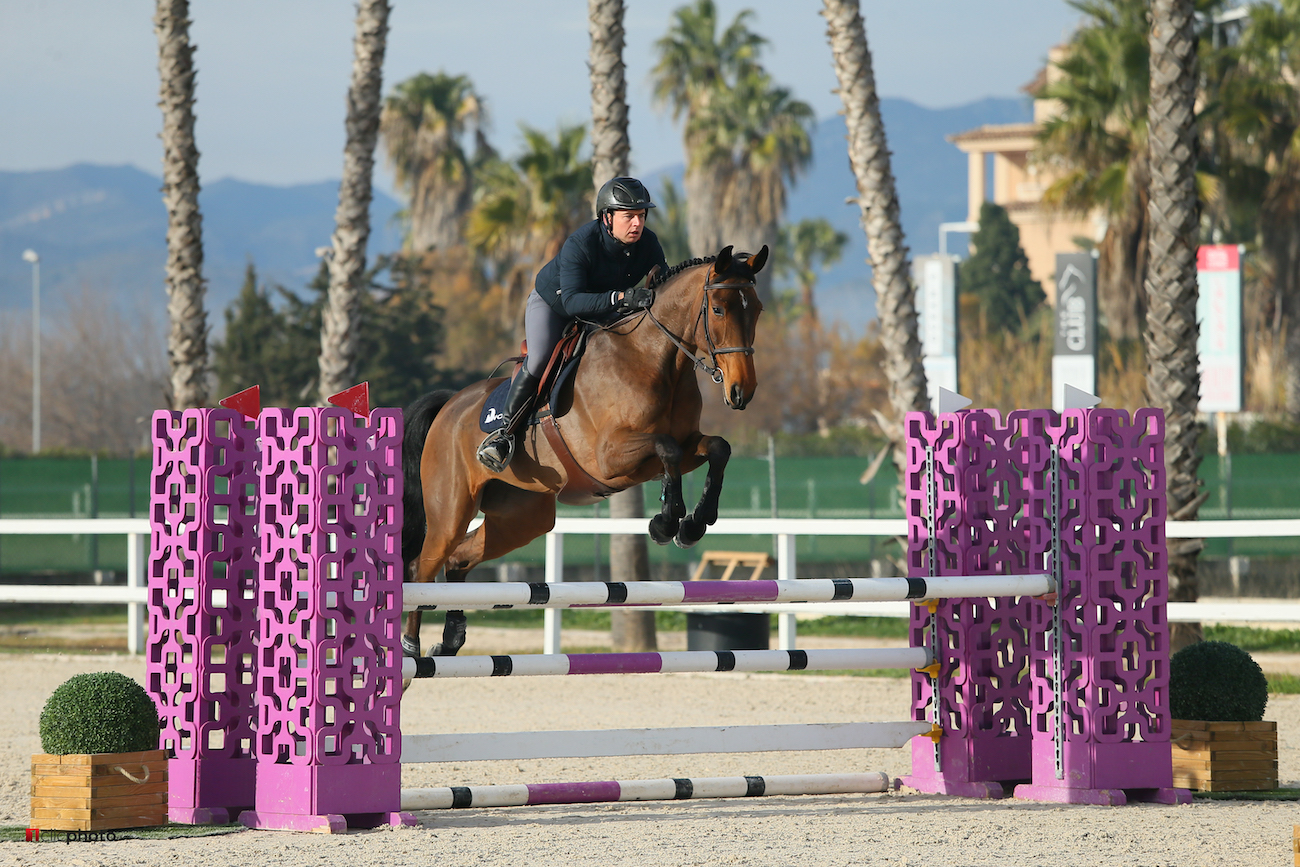 """<span  class=""""uc_style_uc_tiles_grid_image_elementor_uc_items_attribute_title"""" style=""""color:#ffffff;"""">Oliva, Spain - 2021 January 20: CSIYH1, 5 years old, 1m15 during CSI Mediterranean Equestrian Spring Tour 1 (photo: 1clicphoto)</span>"""